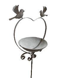 Gartenstecker Herz Vogeltränke grau 46743 Metall B21,5xH29xm GL:115cm mit Vögel